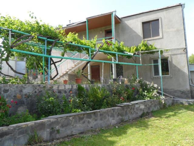 Armenia holiday rentals in Yeghegnadzor, Yeghegnadzor