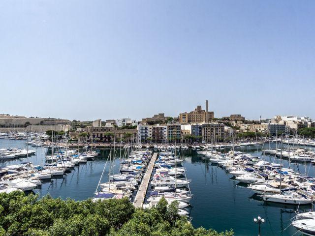 Malta Long term rentals in Ta` Xbiex, Ta-Xbiex