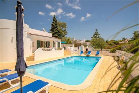 Portugal holiday rentals in Algarve, Carvoeiro- Lagoa